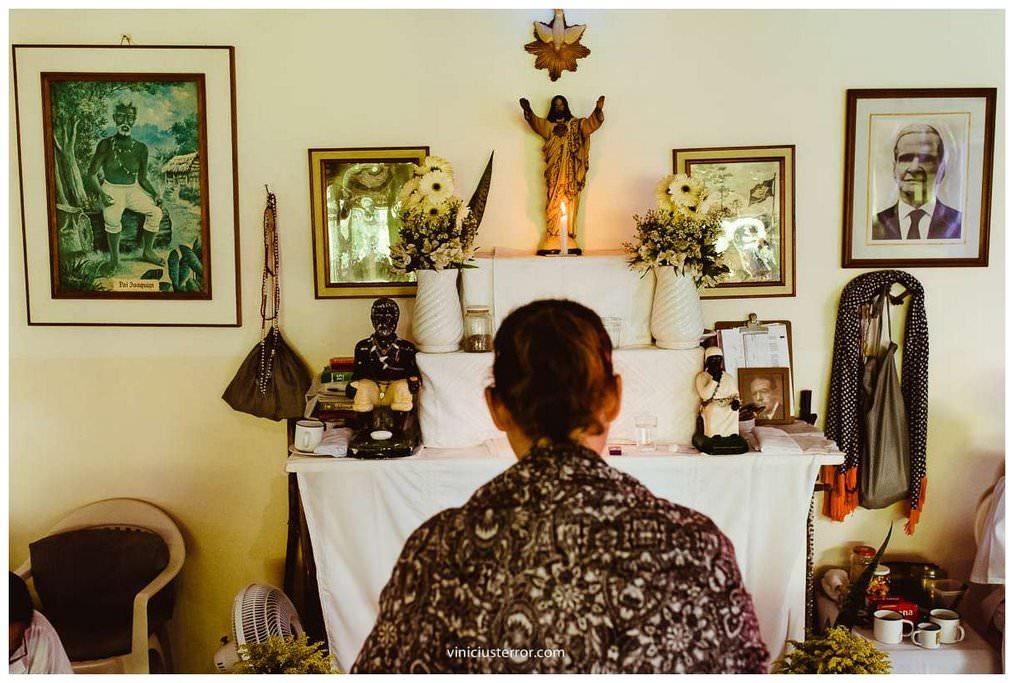 detalhes de altar casamento terreiro umbandista