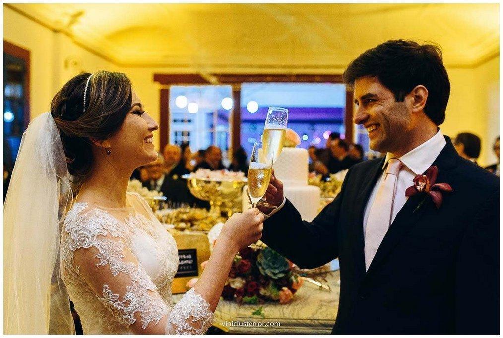 brinde dos noivos festa de casamento