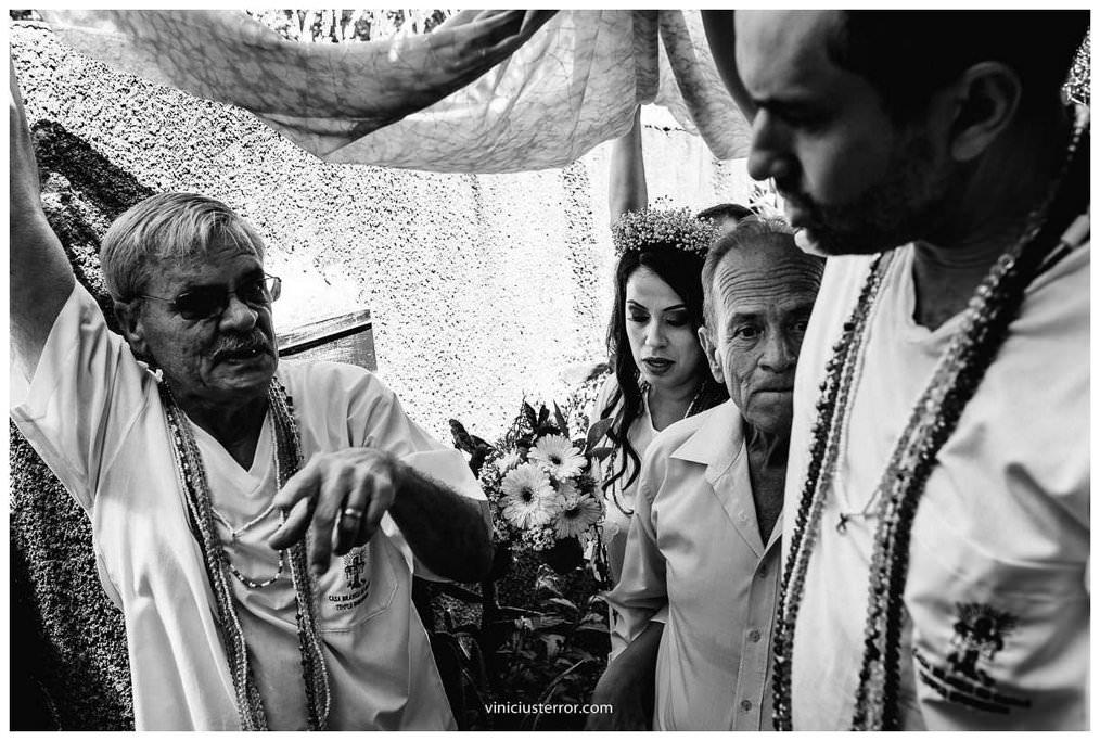 chegada da noiva cerimonia casamento umbandista
